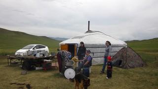 Herder family, Tov aimag, 2014