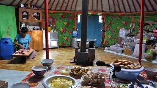 Menbayar´s home, Bayan uulgii, 2012